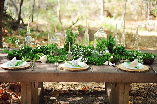 Ruffled - photo by http//arinabphotography.com/ - http://ruffledblog.com/greenery-filled-wedding-ideas/