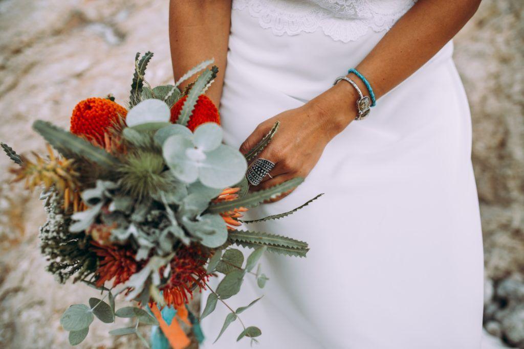 ramo boda bohemia en la playa